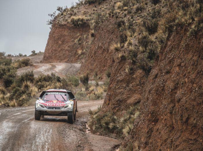 Peugeot monopolizza il podio provvisorio della Dakar - Foto 2 di 6