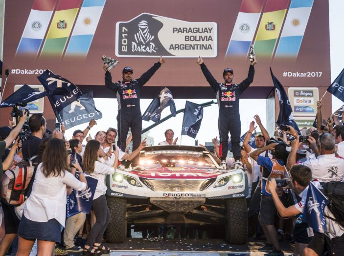 Peugeot vince ancora la Dakar! Podio 100% 3008DKR - Foto 3 di 5