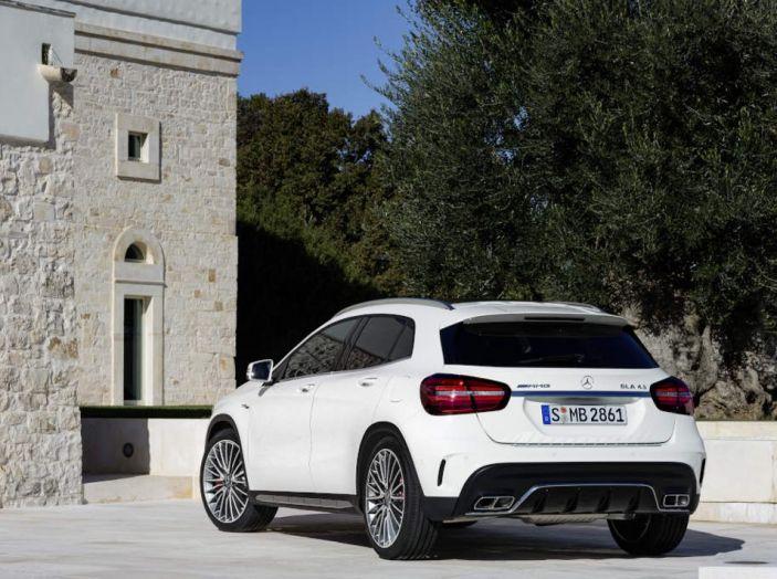 Mercedes GLA: motorizzazioni, allestimenti e dispositivi di sicurezza - Foto 15 di 30