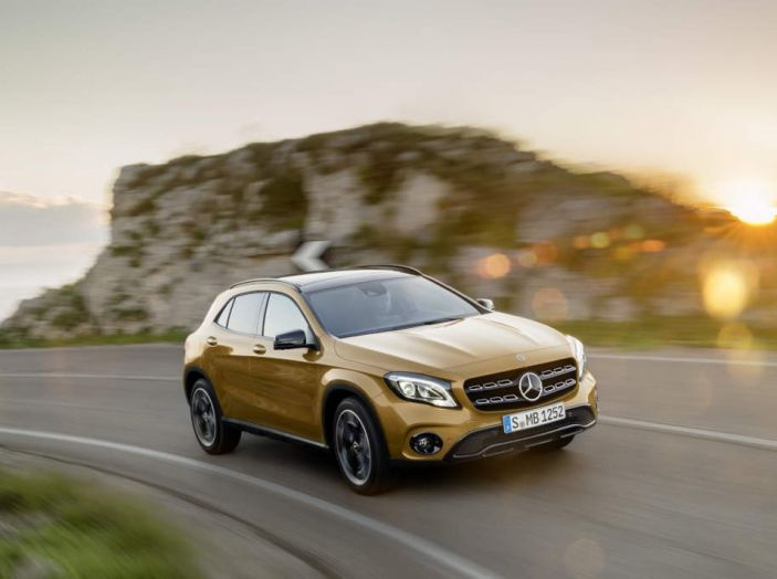 Mercedes GLA: motorizzazioni, allestimenti e dispositivi di sicurezza - Foto 21 di 30