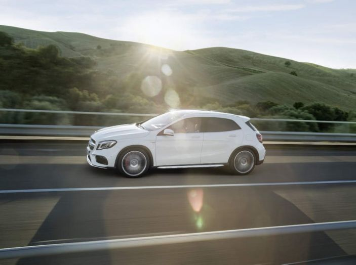 Mercedes GLA: motorizzazioni, allestimenti e dispositivi di sicurezza - Foto 8 di 30