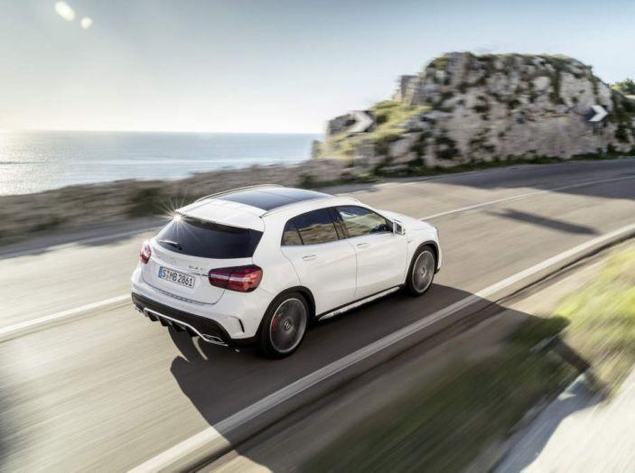 Mercedes GLA: motorizzazioni, allestimenti e dispositivi di sicurezza - Foto 10 di 30
