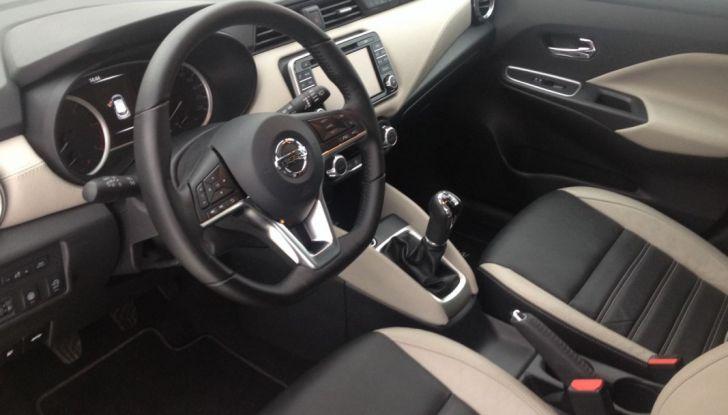 Nuova Nissan Micra, la prova su strada della 5° generazione - Foto 9 di 17