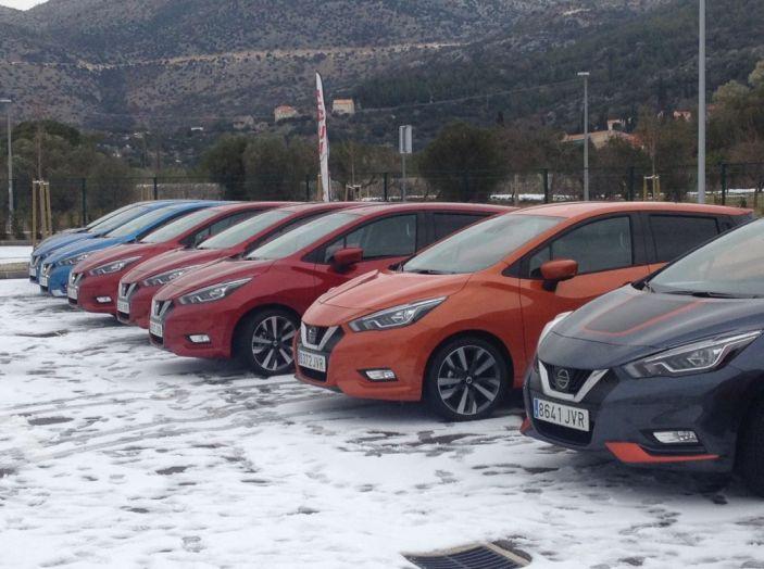 Nuova Nissan Micra, la prova su strada della 5° generazione - Foto 3 di 17