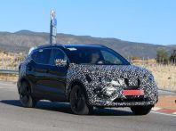 Nuova Nissan Qashqai Facelift, prime foto spia dei test dinamici