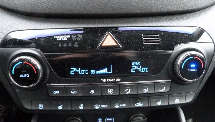 Hyundai Tucson 2.0 CRDi da 185CV dettagli interni