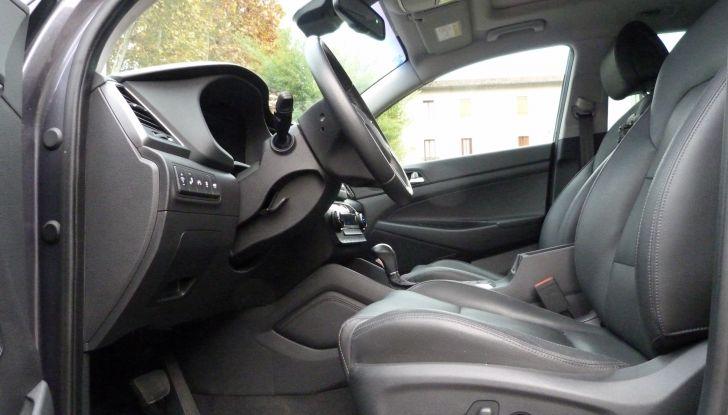 Hyundai Tucson 2.0 CRDi da 185CV dettagli interni.