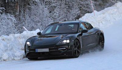 Porsche Mission E: l'elettrica pura su base Panamera