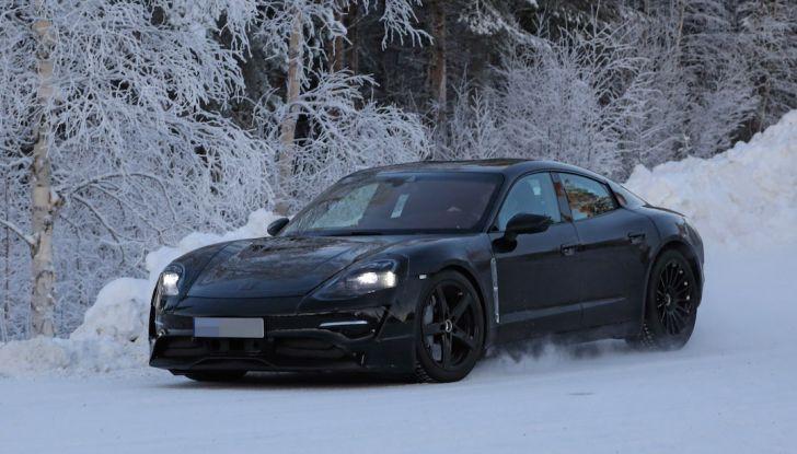 Porsche Mission E: l'elettrica pura su base Panamera - Foto 4 di 29