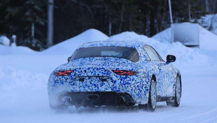 Renault Alpine, le foto spia dei prototipi impegnati nei test invernali - Foto 5 di 11