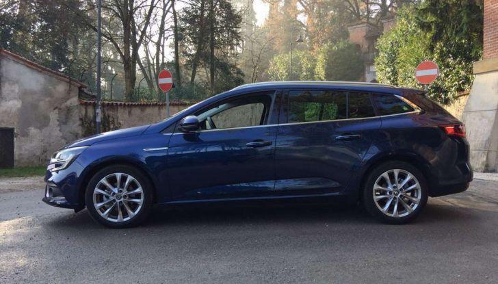 Renault Megane Sporter: test drive, dati tecnici e consumi - Foto 17 di 27