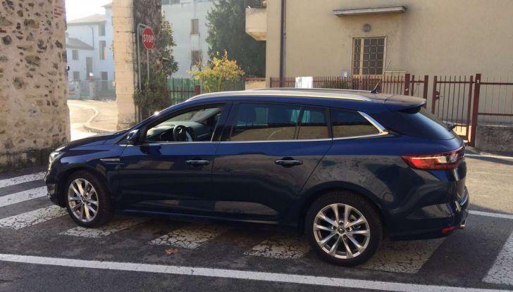 Renault Megane Sporter: test drive, dati tecnici e consumi - Foto 12 di 27