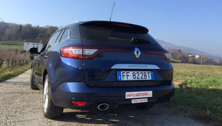 Renault Megane Sporter: test drive, dati tecnici e consumi - Foto 14 di 27