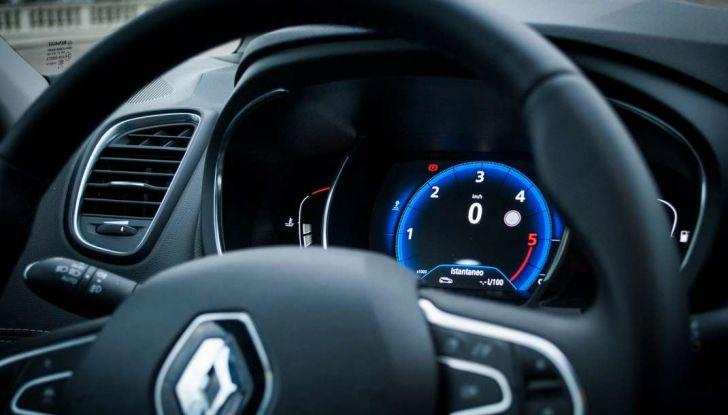 Renault Scenic 1.5 dCi 110 CV, prova su strada e impressioni di guida - Foto 23 di 30