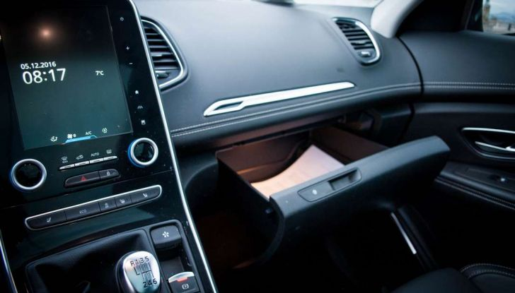 Renault Scenic 1.5 dCi 110 CV, prova su strada e impressioni di guida - Foto 30 di 30