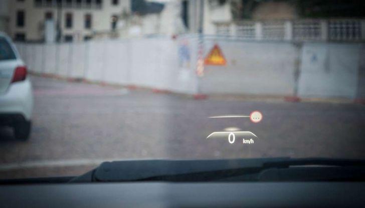 Renault Scenic 1.5 dCi 110 CV, prova su strada e impressioni di guida - Foto 12 di 30