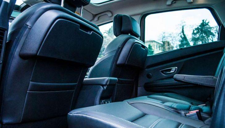 Renault Scenic 1.5 dCi 110 CV, prova su strada e impressioni di guida - Foto 8 di 30