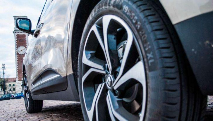 Renault Scenic 1.5 dCi 110 CV, prova su strada e impressioni di guida - Foto 6 di 30