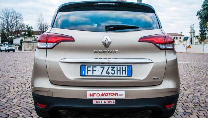 Renault Scenic 1.5 dCi 110 CV, prova su strada e impressioni di guida - Foto 9 di 30