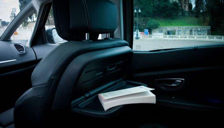Renault Scenic 1.5 dCi 110 CV, prova su strada e impressioni di guida - Foto 13 di 30