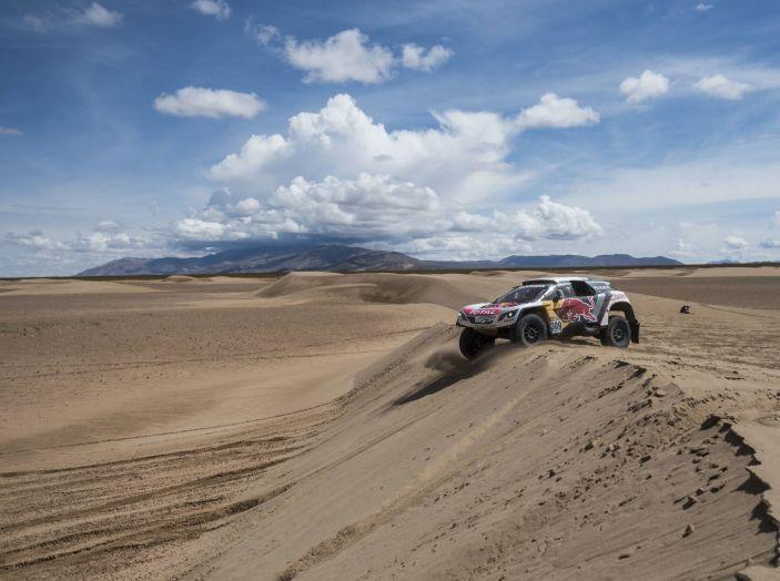 La Peugeot 3008DKR vittoriosa in una quarta tappa complicata - Foto 1 di 5
