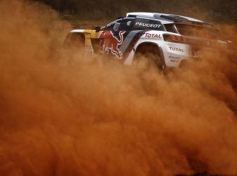 Le Peugeot 3008DKR al comando della Dakar