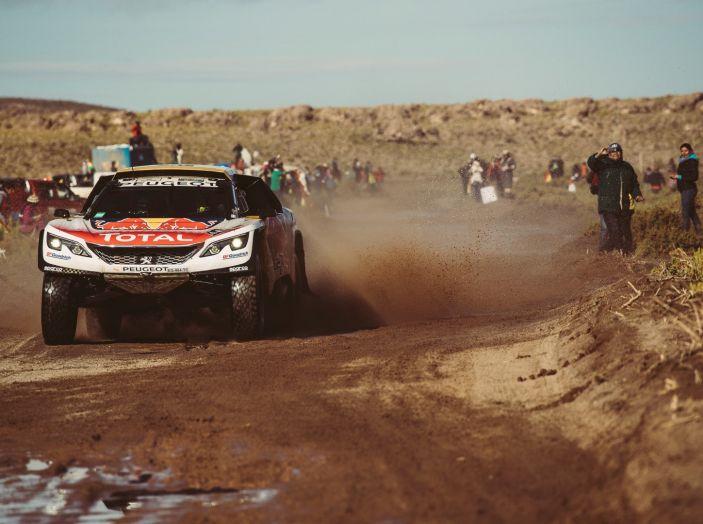 Tripletta delle Peugeot 3008DKR nella seconda parte della tappa marathon - Foto 5 di 5