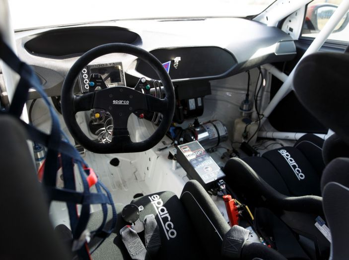 Consegnata la prima Peugeot 308 Racing Cup - Foto 8 di 12
