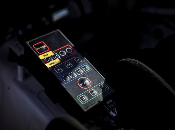 Consegnata la prima Peugeot 308 Racing Cup - Foto 4 di 12