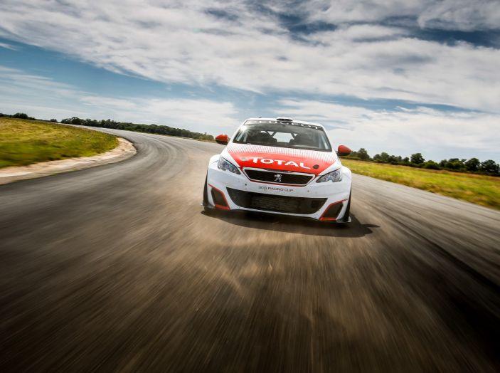 Consegnata la prima Peugeot 308 Racing Cup - Foto 12 di 12