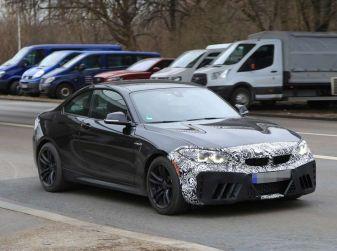 BMW M2 Facelift 2018 prime foto spia