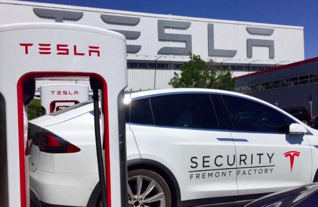 Tesla Model 3: prezzo sui 30.000 euro e autonomia di oltre ...