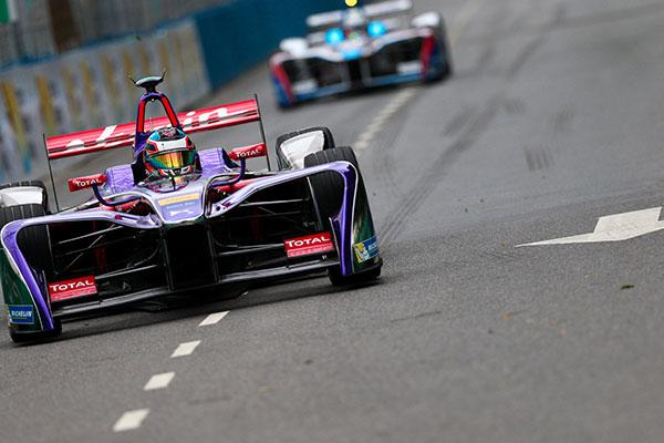 Formula E Buenos Aires, Gara: López risale la griglia fino alla zona punti - Foto 1 di 5