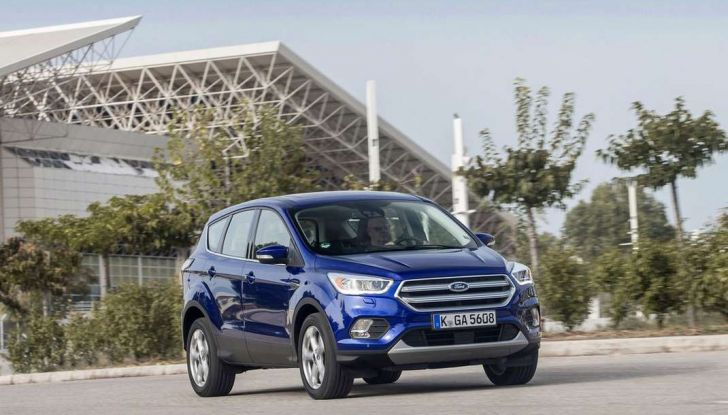 Nuovo SUV Ford Kuga restyling 2017