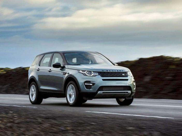 Land Rover Discovery Sport fa ancora arrabbiare i clienti con navigatore e rumorini - Foto 3 di 13