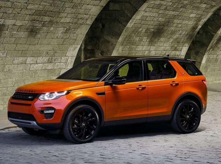 Land Rover Discovery Sport fa ancora arrabbiare i clienti con navigatore e rumorini - Foto 12 di 13