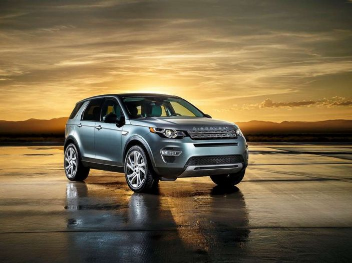 Land Rover Discovery Sport fa ancora arrabbiare i clienti con navigatore e rumorini - Foto 8 di 13