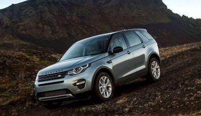 Land Rover Discovery Sport fa ancora arrabbiare i clienti con navigatore e rumorini