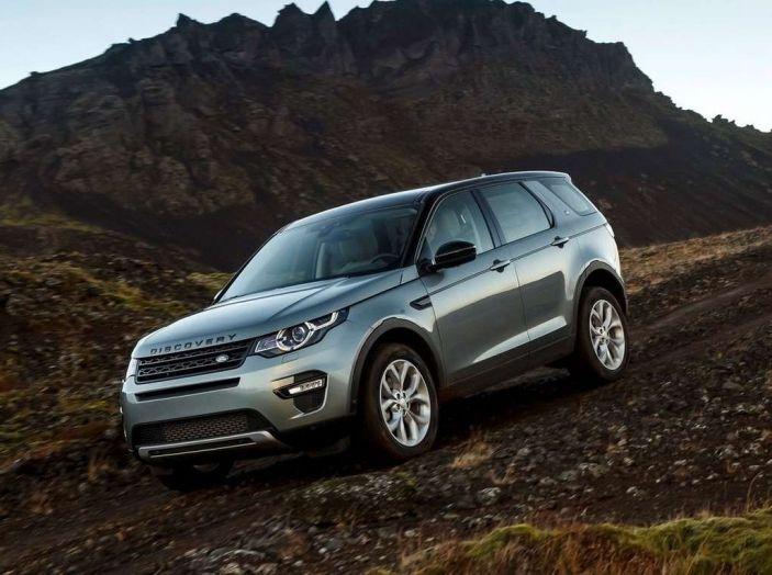 Land Rover Discovery Sport fa ancora arrabbiare i clienti con navigatore e rumorini - Foto 9 di 13
