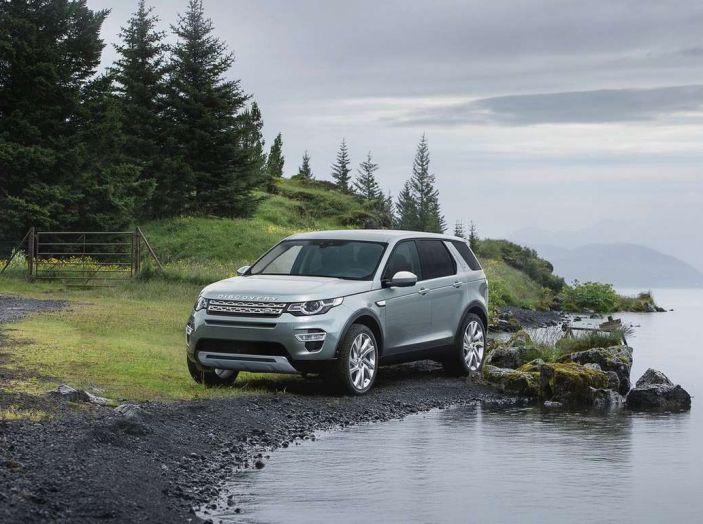 Land Rover Discovery Sport fa ancora arrabbiare i clienti con navigatore e rumorini - Foto 2 di 13