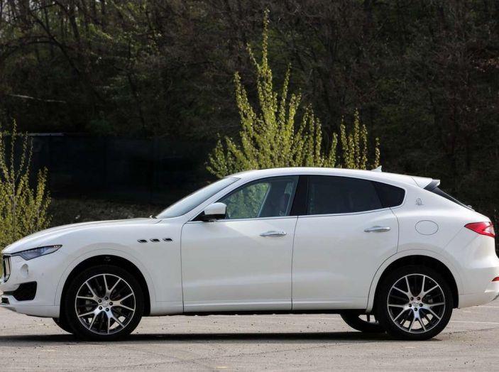 Il SUV compatto Maserati potrebbe debuttare a breve - Foto 6 di 13