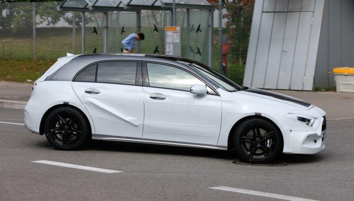 Mercedes-Benz Classe A 2018: design tutto nuovo, infotainment aggiornato - Foto 22 di 33
