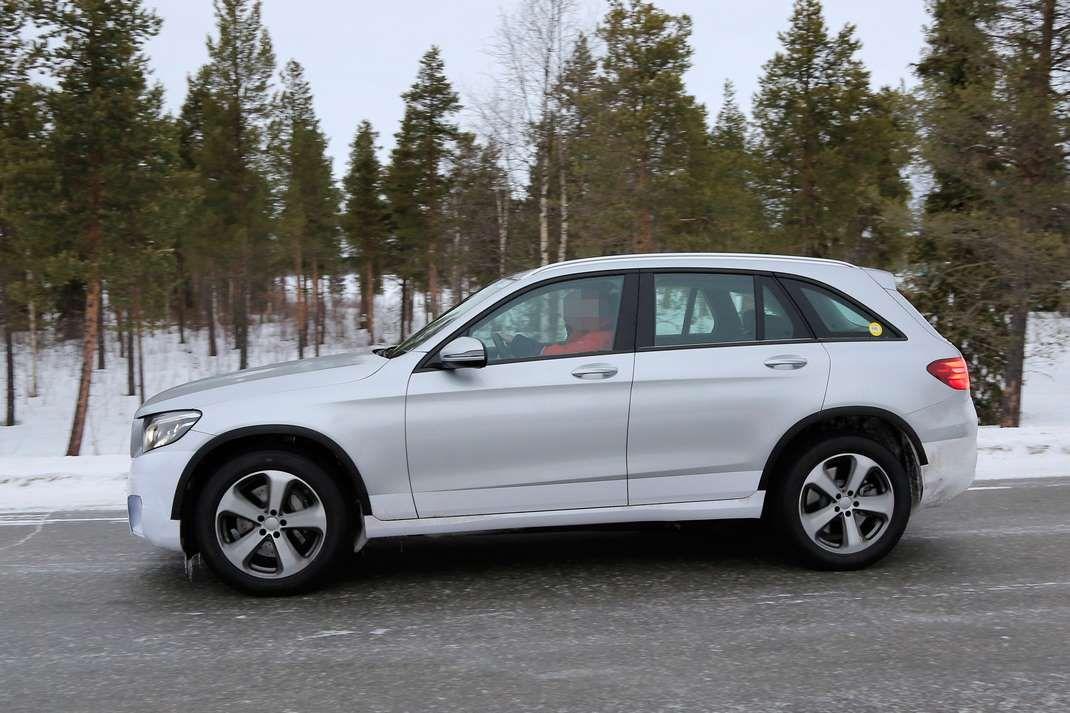 Mercedes benz il nuovo modello 100 elettrico spiato for Mercedes benz marion il