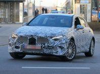 Mercedes-Benz Classe A 2018: Design tutto nuovo, infotainment aggiornato