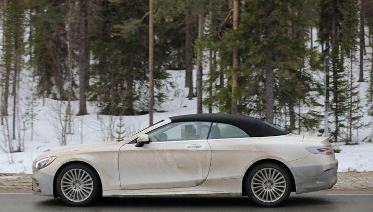 Mercedes Classe S Cabrio restyling, foto spia, fiancata.