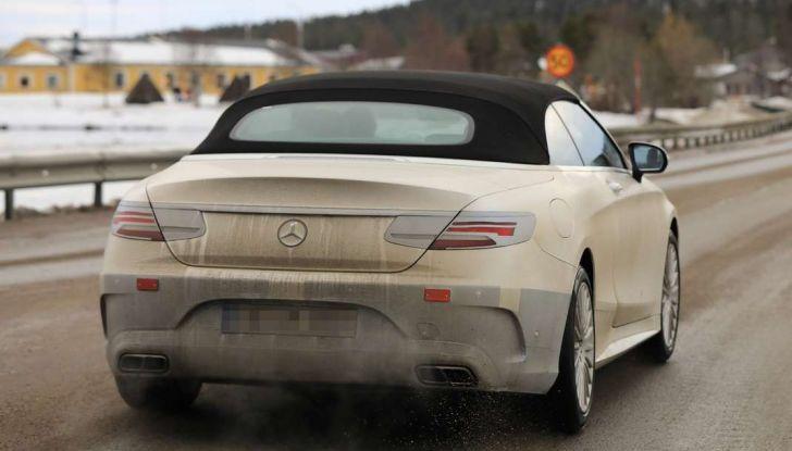 Nuova Mercedes Classe S Cabrio restyling, foto spia, posteriore laterale.