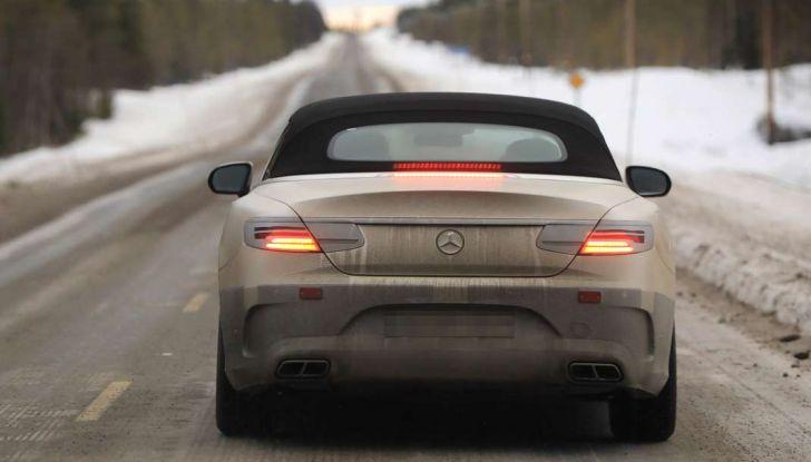 Mercedes Classe S Cabrio restyling, foto spia, posteriore.