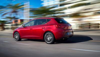 Nuova SEAT Leon prova su strada, allestimenti e prezzi