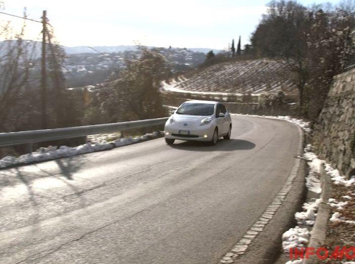 Nissan Leaf, Test Drive in movimento su strada.