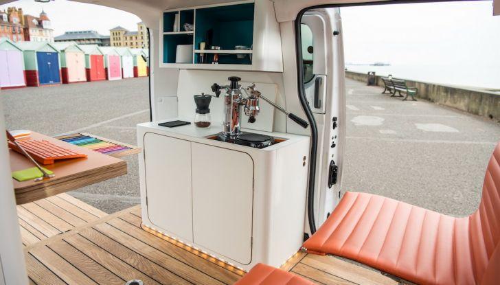 Nissan e-NV 200 WORKSPACe: l'ufficio mobile a zero emissioni - Foto 8 di 10